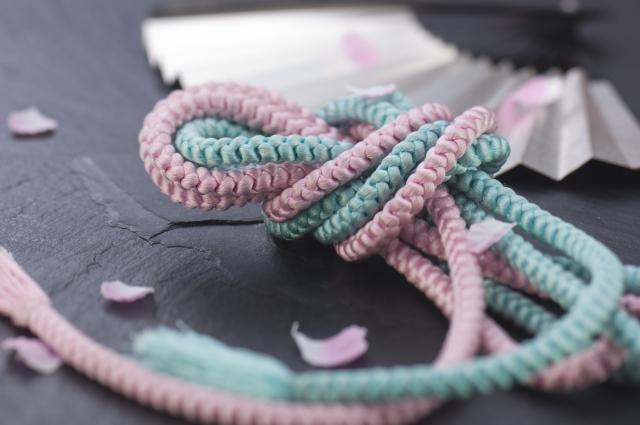 組紐と扇子